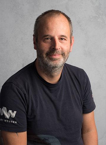 <h3>Arne Schober</h3> <em>Concern controller</em> <p>&nbsp;</p> <p>0184 - 60 28 88</p> <p>arne@autobedrijf-vanderwal.nl</p>